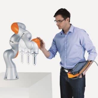 Bien choisir un cobot (robot collaboratif)