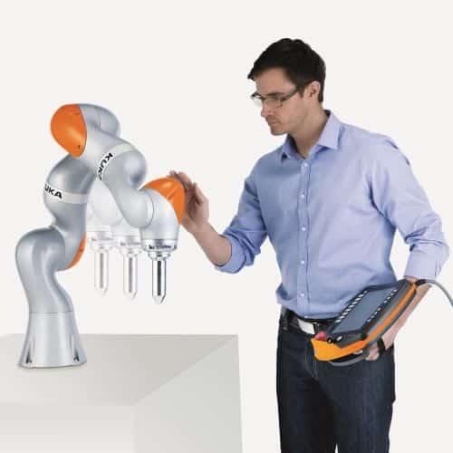 Que robô colaborativo escolher?