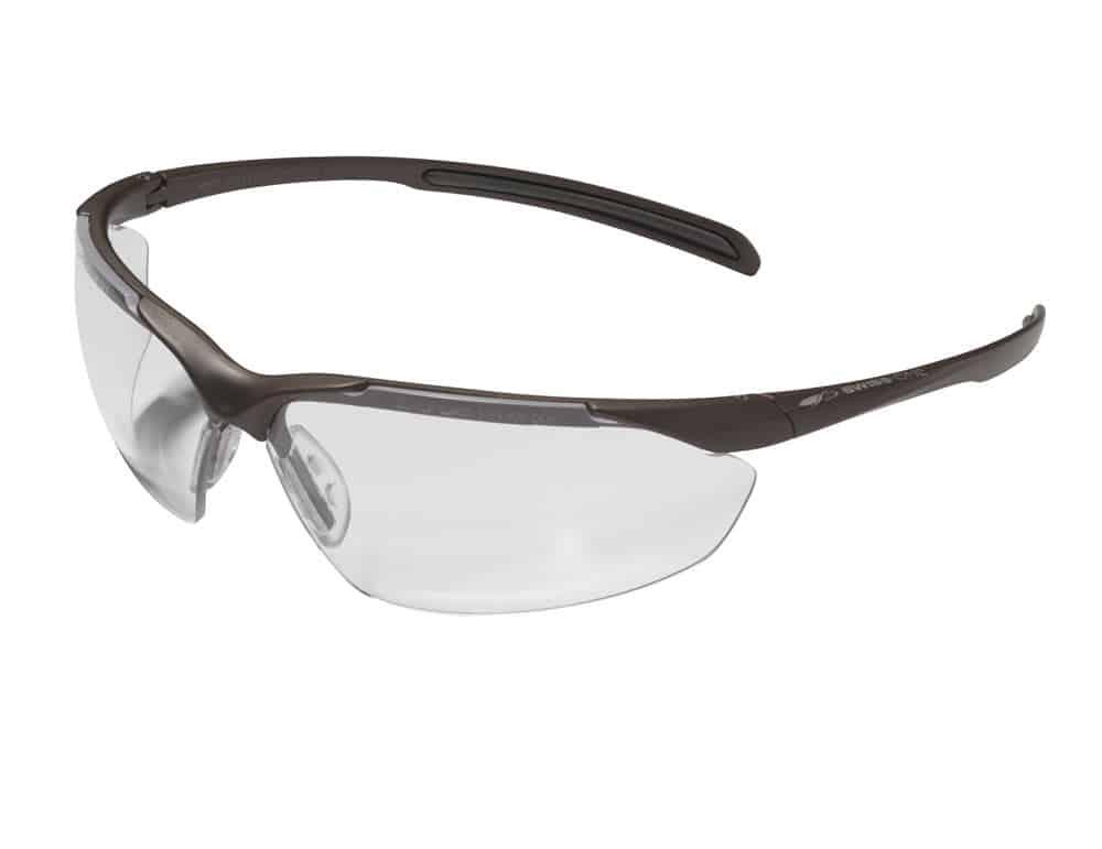 Bien choisir des lunettes de protection