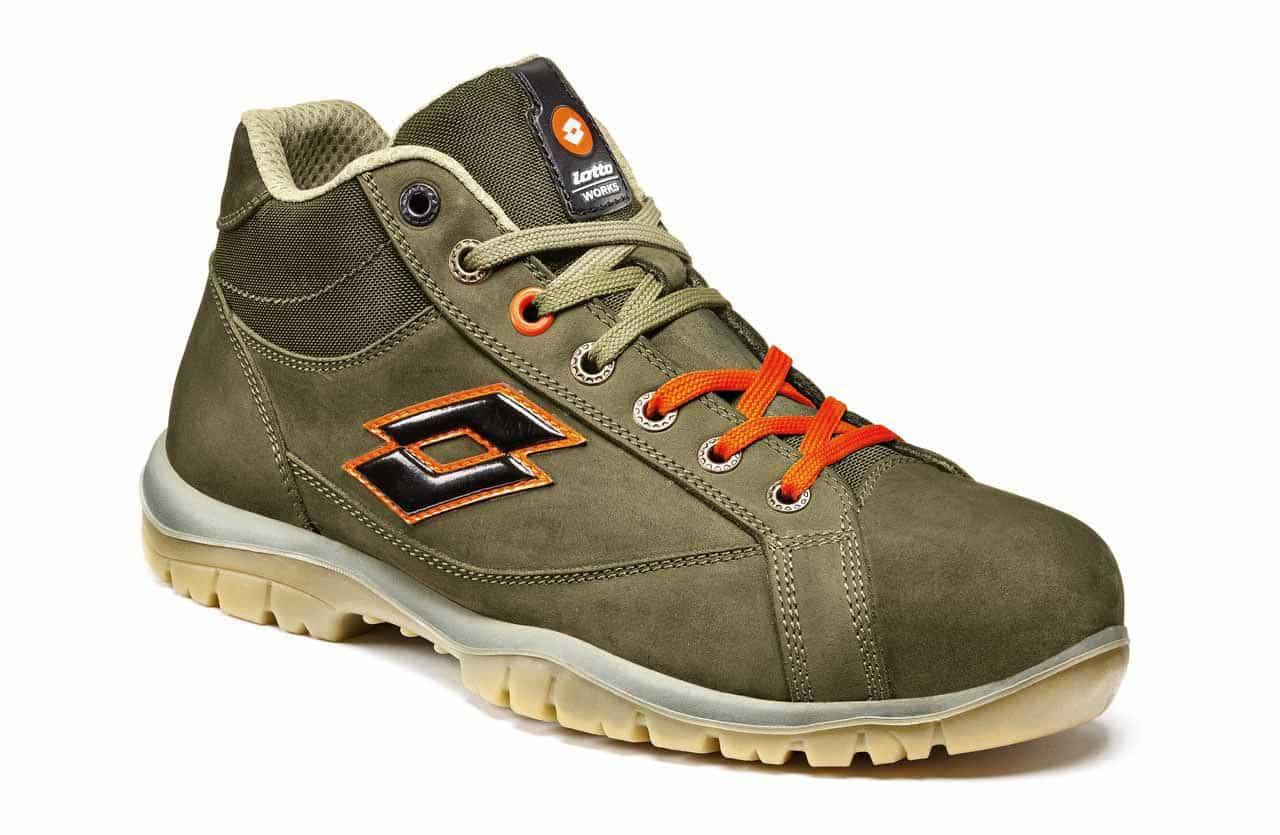 Ejemplo de calzado de seguridad S3 de la empresa Lotto Works